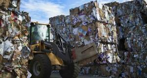 Gestione rifiuti, il conflitto d'interesse Anci – Conai