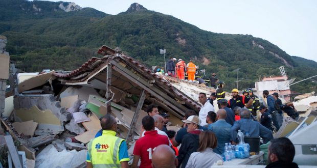 Terremoto: c'è chi mente e c'è chi specula