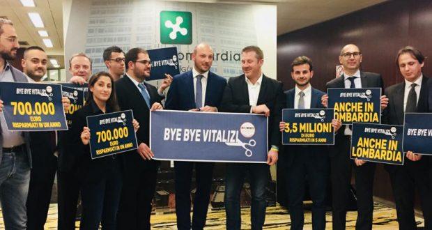 Ex consiglieri contro il taglio dei vitalizi in Lombardia: sono senza vergogna