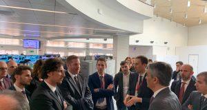 Il ministro Toninelli conferma impegno per pendolari lombardi: Regione faccia la sua parte.