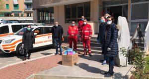 1400 mascherine donate alla Croce Rossa di Cormano, dai rappresentanti del M5S De Rosa e Evi