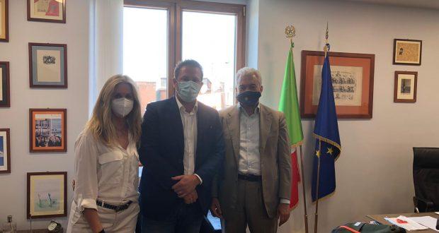 """M5S incontra Arcuri. De Rosa (M5S Lombardia): """"Impegno costante e grande attenzione alla Lombardia e al Paese"""""""