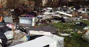 Milano discarica abusiva via Vaiano Valle, l'intervento di Arpa e ATS sollecita il Comune