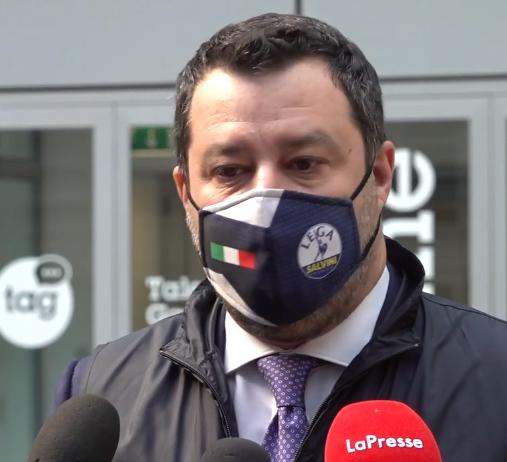Salvini parla di modello Lombardia e continua a prenderci in giro