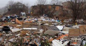 AGGIORNAMENTO: discarica abusiva in Via Vaiano Valle a Milano